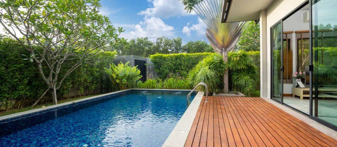 swimming-pool-decking-garden-luxury-home
